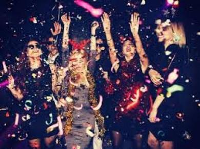 У штаті Вашингтон (США) поліція виявила коронавірусні вечірки, які влаштовують, щоб спеціально заразитися інфекцією