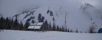 У Карпати повернулася зима (ВІДЕО)