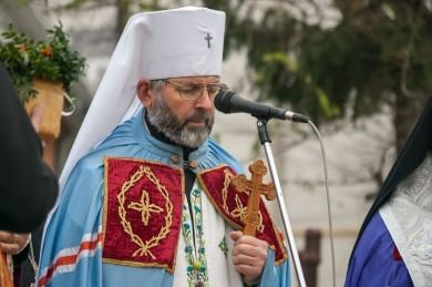 Митрополит Данило розповів, що земельні ділянки, які були в його власності, віддав під будівництво монастирів