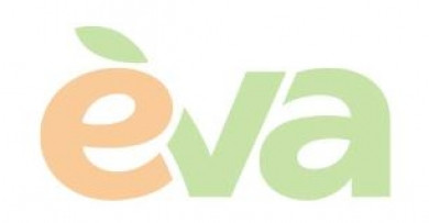 Блогерка із Чернівців отримала звання «Мама року» від Лінії магазинів EVA