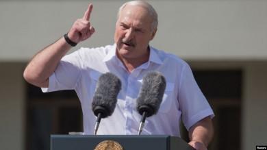 «Поки ви мене не вб'єте». Лукашенко заявив, що за його життя перевиборів не буде (ВІДЕО)