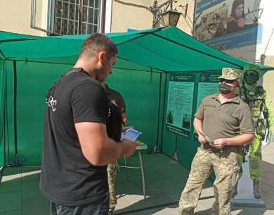Воїни бригади «Едельвейс» закликаюють буковинців приєднуватисть до захисту Батьківщини у складі їхнього підрозділу (ФОТО)