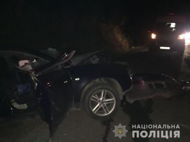 """В аварії відірвало руку: 24-річна водійка на """"Ауді"""" на Сторожинеччині жахливо травмувалась від зіткнення з """"Мерседесом"""""""