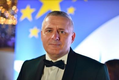 Найкращим вчителем України — Global Teacher Prize Ukraine 2020 став викладач історії із Заліщиків Василь Дяків
