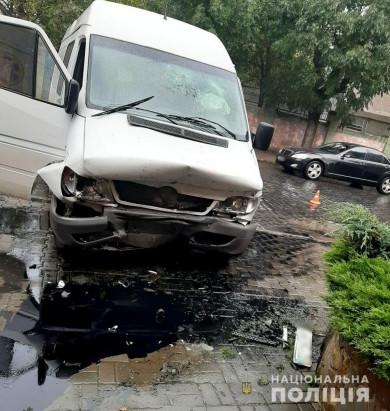 Упродовж доби поліцейські Буковини задокументували три автопригоди, одна з них – смертельна
