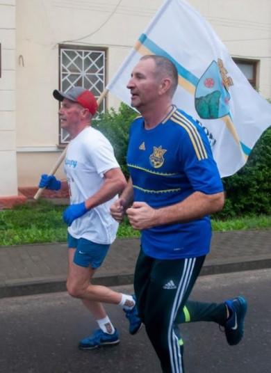 У Чернівцях відбулося спортивне свято «Садогурська миля»: переможців привітав депутат міськради Віталій Михайлішин