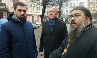 """Кобевко вдруге """"відправляє"""" голову Чернівецької ОДА Осачука у відставку. Здається, Петра поки не чують..."""