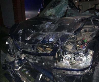 Смертельна ДТП у Рідківцях: Жінка на «Lexus» збила мопед та в'їхала в огорожу будинку (ВІДЕО)