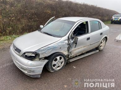 На об'їзній дорозі Чернівців у потрійній ДТП постраждало немовля (ФОТО)