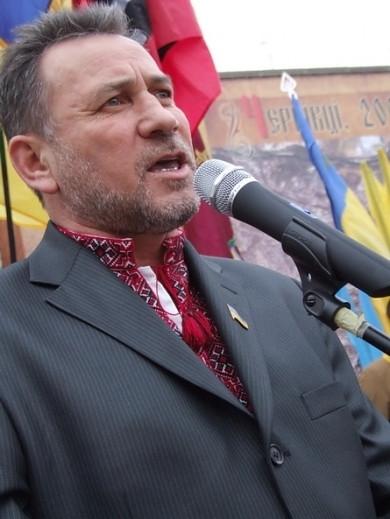 """Якщо Клічук стане мером Чернівців, то для створення своєї більшості у Ратуші змушений буде віддати посаду секретаря """"Європейській солідарності"""", - Петро Кобевко"""