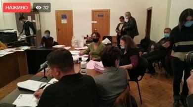 За два дні до виборів замінили голову та секретаря міської ТВК