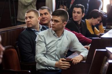 У Чернівцях 8 кандидатів «Народного контролю» відмовились від мандатів: до міськради пройде Гончарюк