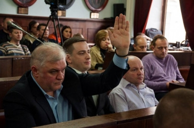 У Чернівцях з десятої спроби партії Продана й Михайлішина зареєстрували депутатами