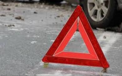 Поліція розшукує очевидців загибелі жінки у селищі Берегомет на Буковині під колесами авто