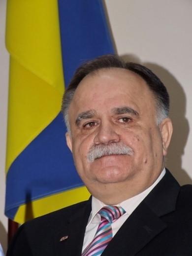 У Чернівцях на 69 році життя помер колишній народний депутат України і заступник голови ОДА Микола Романюк