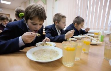 Сніданки для школярів: відверту брехню розповсюджують ті, кому кісткою в горлі стоїть нова міська рада, - Клічук