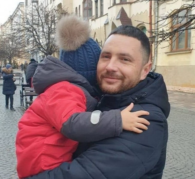 Поліція Буковини звертається до всіх небайдужих з проханням врятувати життя поліцейського