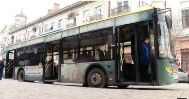 З 4 лютого у Чернівцях збільшиться кількість одиниць громадського транспорту в режимі спецперевезень