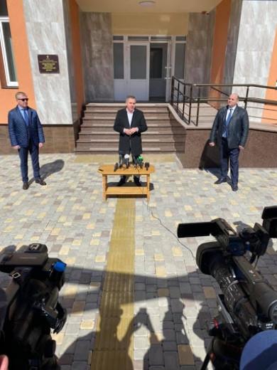 Осачук шукає заміну Пуршазі: у Чернівецькій ОДА 23 лютого проведуть конкурс на посаду керівника департаменту капітального будівництва, оклад якого складатиме 12 тис. грн.