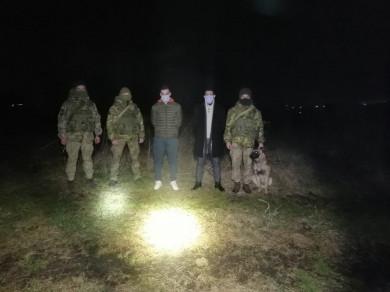 На Буковині біля кордону з Румунією затримали нелегалів з Марокко