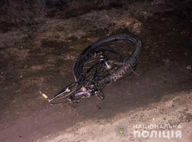 На Глибоччині внаслідок ДТП загинув велосипедист. Поліцейські встановили його особу