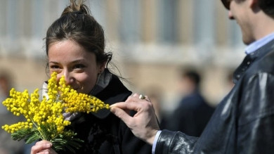 Як святкують 8 березня в різних країнах? Чи існує Міжнародний день чоловіків?