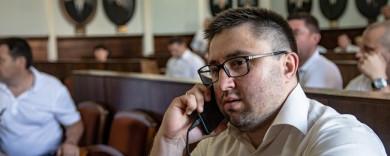 """Ексдиректор департаменту розвитку Чернівців Гавриш додався до """"ображених"""" і подав до суду через звільнення"""