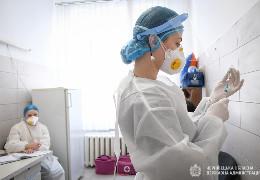 Майже 30 млн осіб. В Україні для вироблення колективного імунітету необхідно вакцинувати 70% населення