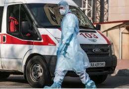 В Україні зафіксовано новий антирекорд — вперше з початку пандемії померло понад 300 осіб за добу, серед них 10 буковинців