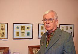 Від коронавірусу помер відомий художник із Чернівців, автор ескізів герба та прапора міста і області Орест Криворучко