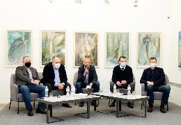 100 днів нової влади у Чернівцях: Аудит договорів комунальної власності показав, що запроданці конкретно дерибанили місто (ФОТО)