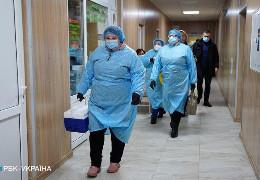 Медикам Чернівців, які перехворіли COVID-19, виплатять гроші, - рішення міськради
