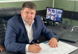 На хабарі затримали новопризначеного голову Чернівецької РДА Дмитра Козарійчука