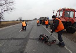 Підтримали Рукшин: міська громада Заставни також стурбована «непрозорістю» Чернівецької ОДА щодо ремонту місцевих доріг