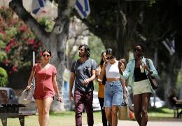 В Ізраїлі скасували масковий режим на відкритому повітрі