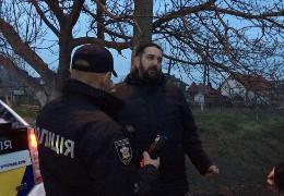 На Буковині затримали п'яного за кермом московського попа – батюшка нецензурно лаявся та погрожував поліцейським, - ЗМІ