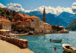 Чорногорія скасувала всі обмеження для туристів з України