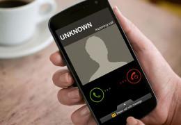 Чи варто передзвонювати на невідомі номери: які можуть бути наслідки?