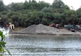 На Герцаївщині незаконно добули гравій та пісок на понад 3 мільйони гривень