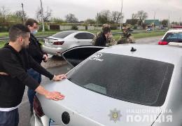 Правоохоронці встановили групу зловмисників, які за гроші з Росії розклеювали в Берегові на Закарпатті листівки, що розпалюють міжнаціональну ворожнечу