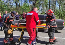 У Дністровському районі рятувальники врятували жінку, котра впала в криницю