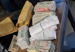 """Більше 3 млн доларів """"общака"""". У найвпливовіших в Україні """"злодіїв в законі"""" провели обшуки"""