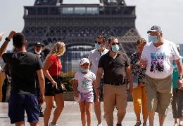 Рада ЄС офіційно дозволила в'їзд до Євросоюзу вакцинованим туристам: стали відомі умови
