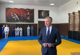 Осачук повідомив, що з першого вересня у 13 школах Буковини викладатимуть дзюдо