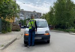 У Чернівцях легковик Renault збив малолітнього хлопчика, який перебігав дорогу