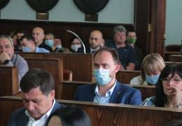 Стало відомо, як за автобуси в лізинг голосували депутати міськради Чернівців