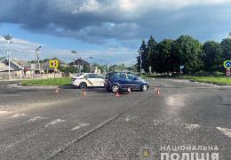 Біля Чернівців у ДТП постраждали двоє 17-річних хлопців