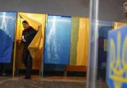 Президентський рейтинг: 27,3% - за Зеленського, 14,6% - за Порошенка, 11,9% - за Тимошенко, - опитування КМІС