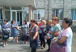 Вчителі Хотинщини скаржаться, що їх змушують писати заяви про відмову від низки надбавок