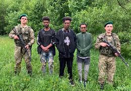 Затримані на Буковині: студенти іноземці масово ринули з України до ЄС